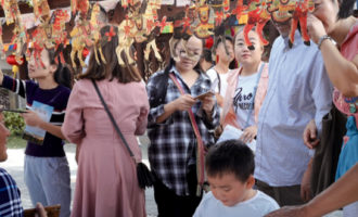 湟中非遗工艺品展在江苏省南京市博物馆举办