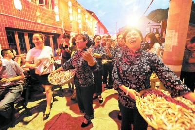 东沙古渔镇:两万人小镇迎来20万游客