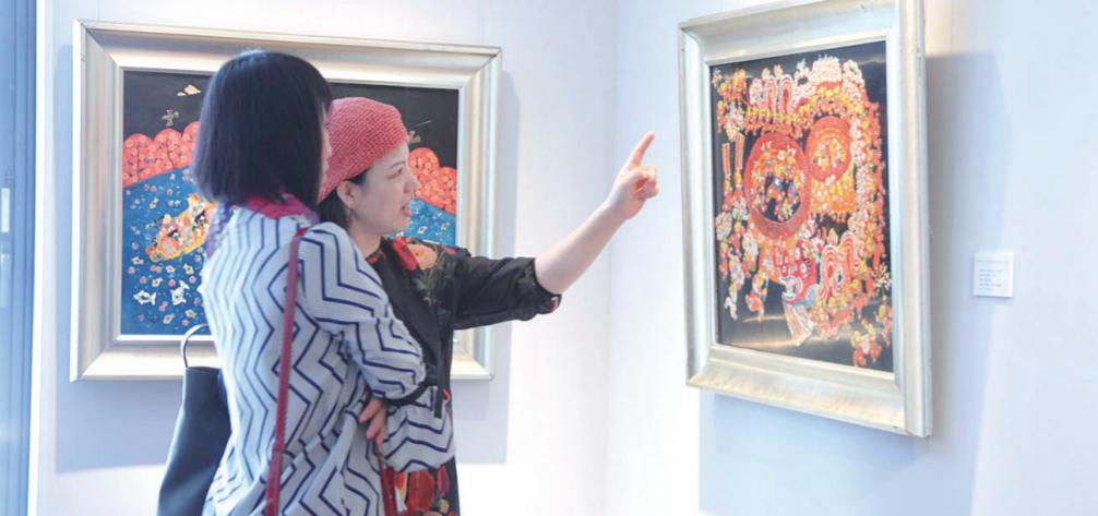 农民漆画向世界描绘锦绣中国