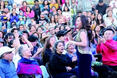 深圳艺术团在智利演绎跨界音舞晚会