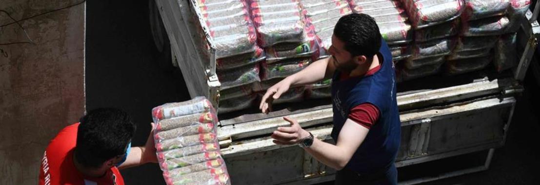 疫情中,那抹笑容最难忘——记向困难家庭发放爱心包裹的叙利亚青年志愿者
