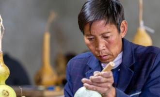 贵州黔西:民俗烙画促增收